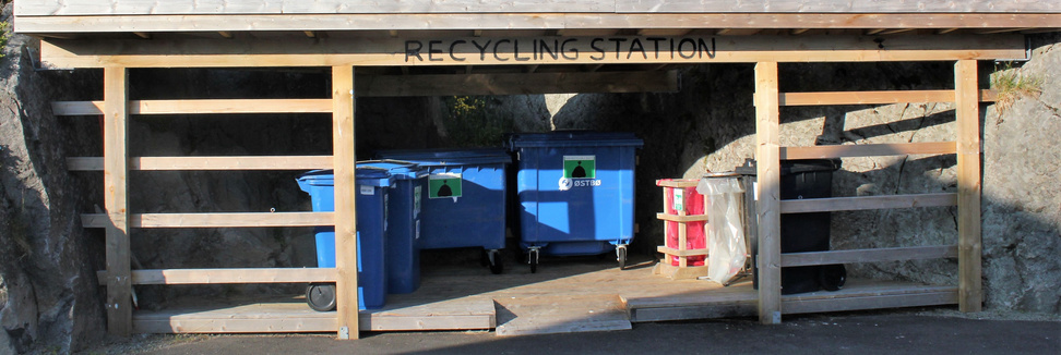 Recycling station
